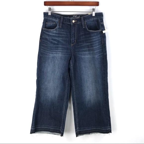 68c08db3c282 Universal Thread | High Rise Wide Leg Crop Jeans. M_5c589990a5d7c621afcdc9cc